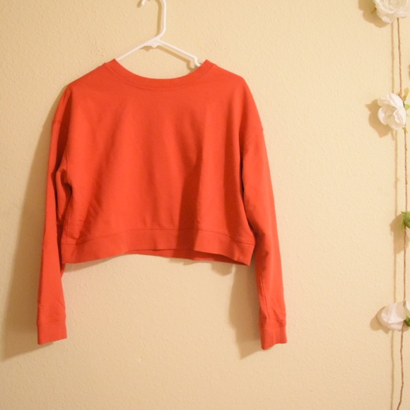 wild fable cropped red crewneck